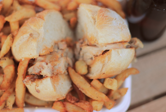 Chicken sandwich at Romados
