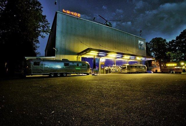 basecamp young hostel bonn world 39 s first vintage camping. Black Bedroom Furniture Sets. Home Design Ideas