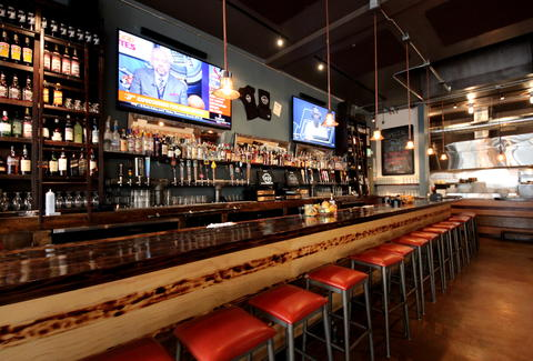 Taps Social House And Kitchen Polk S Giant Brewhouse