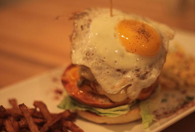 Montreal Burgers Art Burger