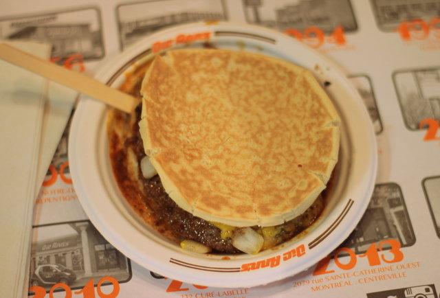 Montreal Burgers Dic Ann's