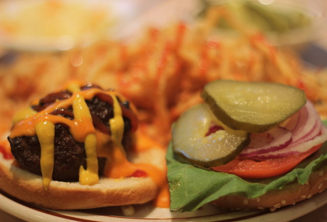 Montreal Burgers Mister Steer