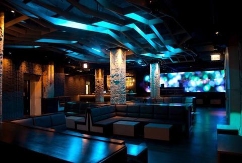 Night Clubs In Chicago Nightlife In Chicago Thrillist