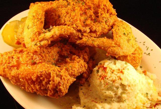 NOLA Fried Chicken Franky & Johnny's