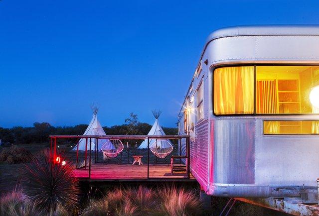 El Cosmico, trailer, teepees