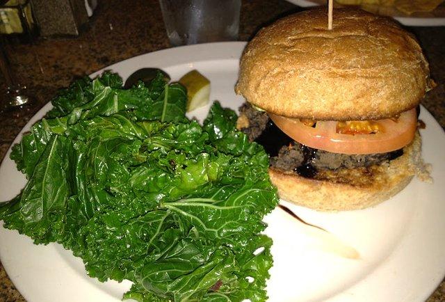 Woodbridge Pub Best Burgers DET