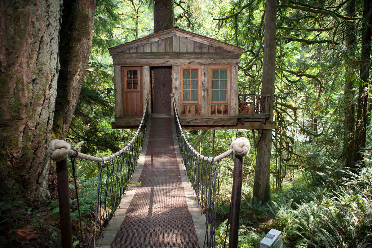 The Temple of the Blue Moon at TreeHouse Point