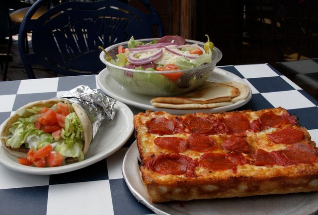 Niki's Pizza 10 Best Pizzas in Detroit