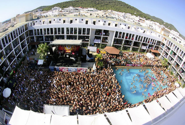 Top Vacation Destinations The World S 7 Best Party