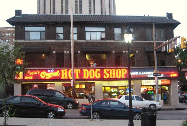 essie's original hot dog shop
