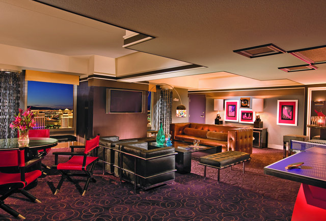 PH Boulevard Suite