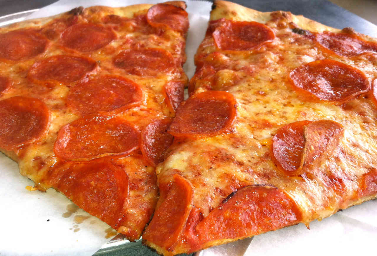 Slice Works Best NYC-Style Pizza in DEN
