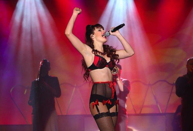 Best Topless Burlesque Shows In Vegas