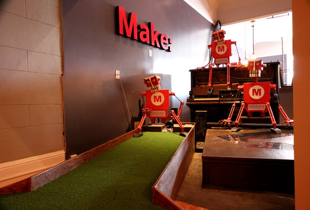 MAKE magazine's hole at Urban Putt