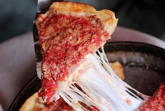 illinois deep-dish pizza