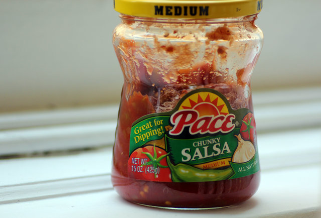 how to open tostitos salsa jar