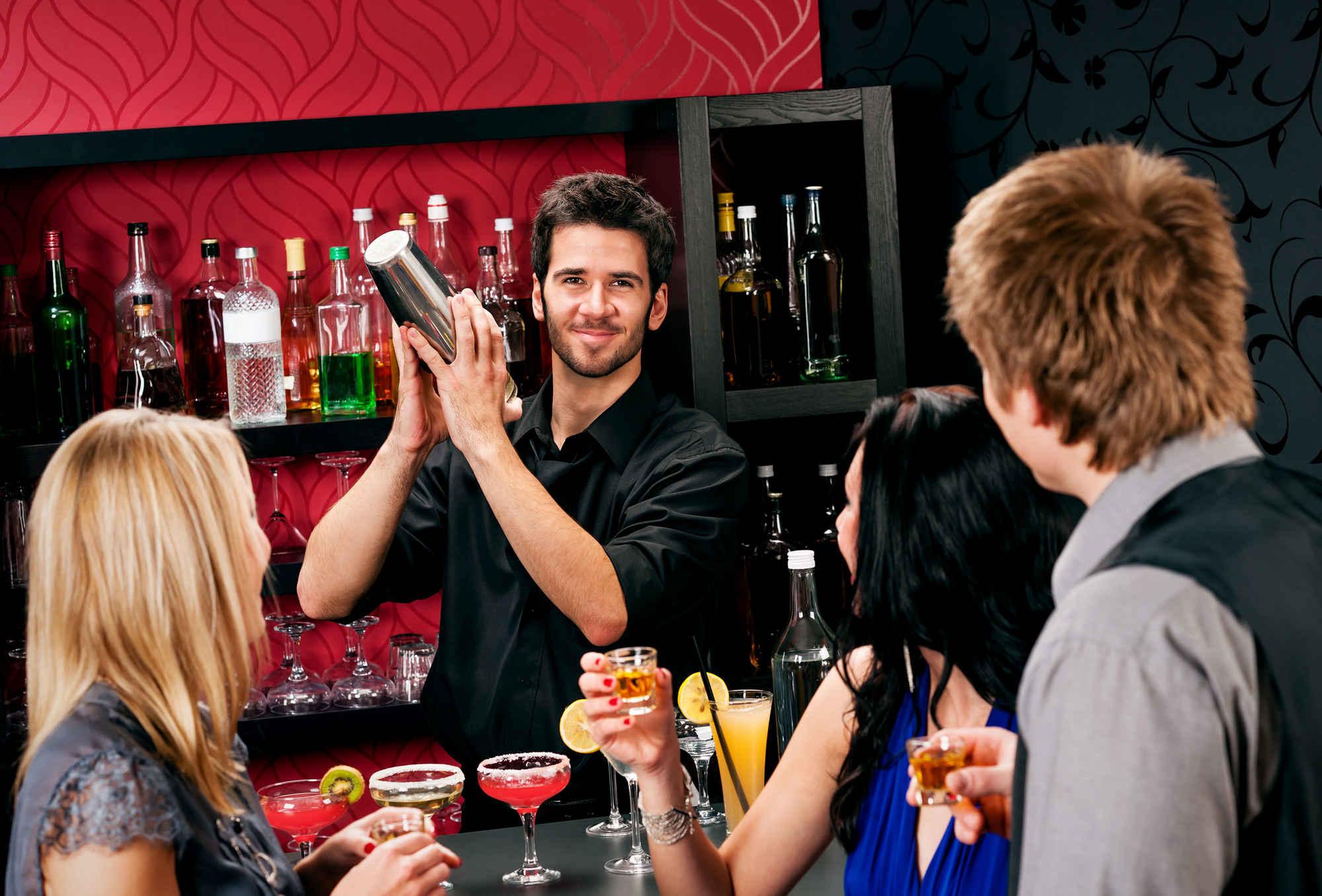 Снял в баре онлайн 10 фотография