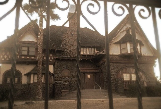 Most Haunted House In America The 9 Scariest Houses