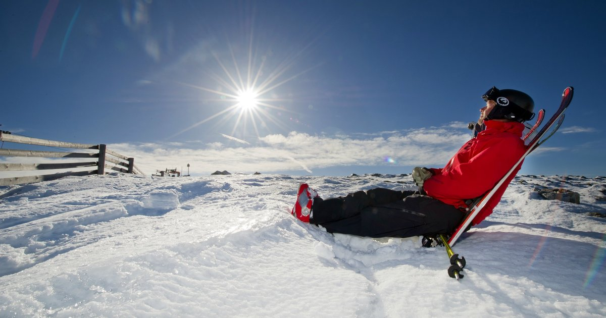 the creation of skiing essay