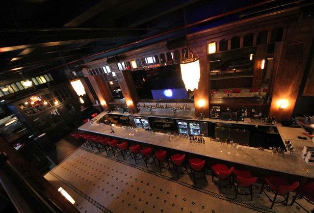 10 best bars restaurants near madison square garden where to eat drink for Sports bars near madison square garden