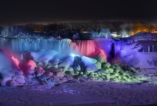 Niagara Falls Frozen This Iced Over National Landmark Is