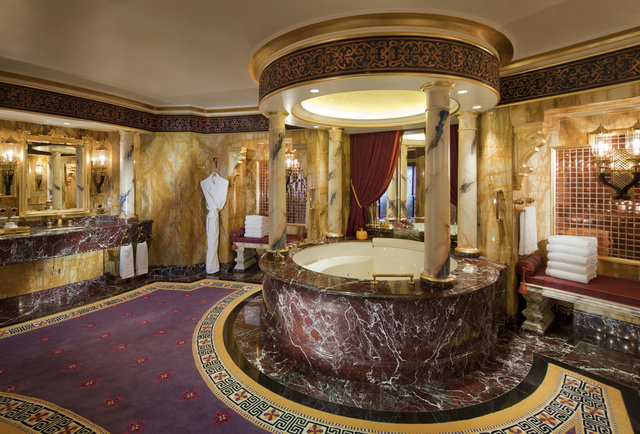 Luxurious hotel bathrooms four seasons ritz carlton for Most modern hotels in the world