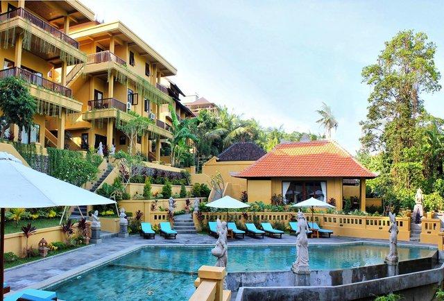 Cheap luxury hotels spend a night in a fancy hotel for for Luxury hotel for less