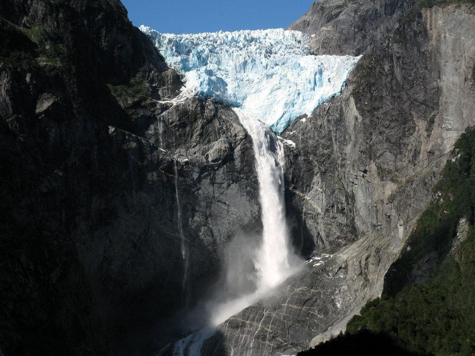 Mesmerizing Waterfalls Found Around The World - Wow Amazing - photo#13
