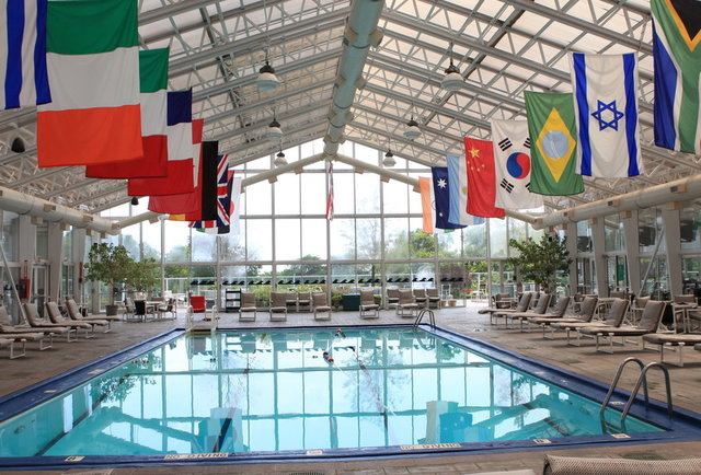 Sneak Into Chicago 39 S Best Hotel Pools