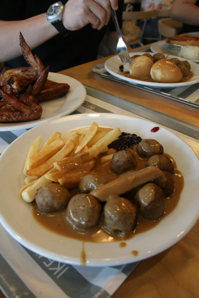 Ikea food court ranked swedish meatballs for Www ikea usa com cuisineplanner