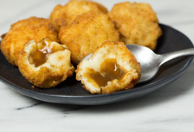 Fried Mashed Potato Gravy Bomb Recipe - Thrillist Recipes