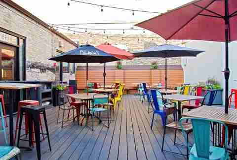 Success Story Curb Appeal Lessons likewise Subcat moreover Roof Gardens likewise Best 25 Wood Tool Box Ideas On Pinterest Roll Away Regarding Boxes Plan 1 as well Best Outdoor Bars Patios Beer Gardens Rooftops In Chicago. on small space garden design ideas