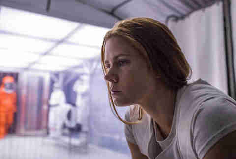 Arrival - Amy Adams excels in this intriguing sci-fi