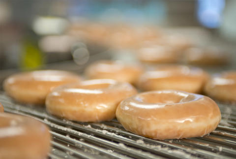 Krispy Kreme celebrates 80 years with 80 cent dozen