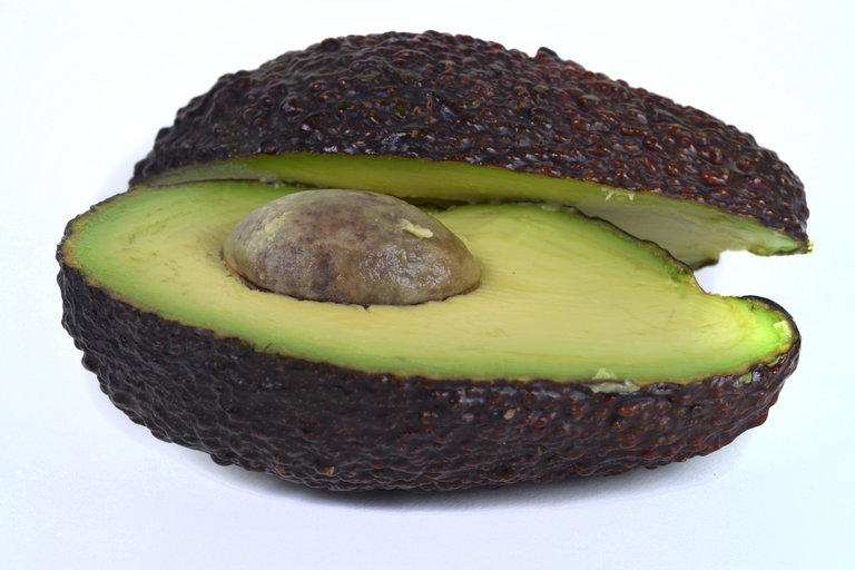 Avocado seed husks jam-packed with medicinal compounds
