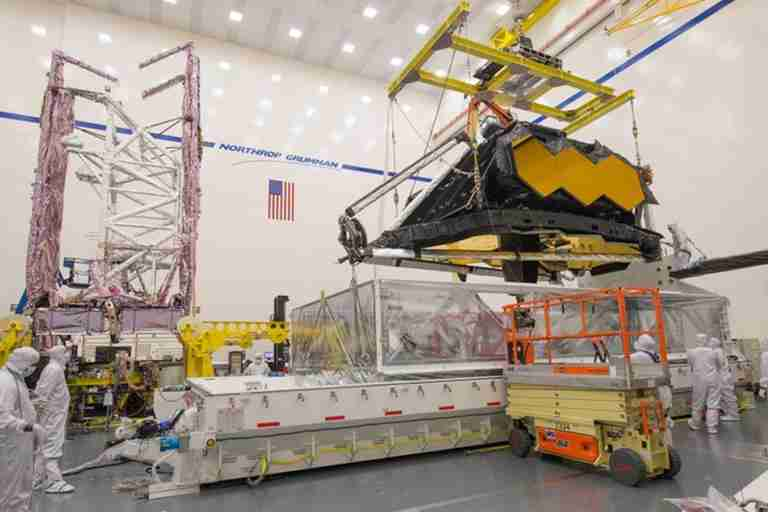 Fresh delay in launch of Nasa's telescope