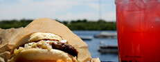 Urban lakeside eating, minus the shabby hotdogs
