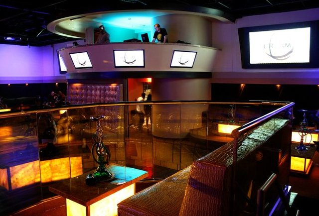 cream ultra lounge a sexy new nightspot on buford highway oh yes thrillist atlanta. Black Bedroom Furniture Sets. Home Design Ideas