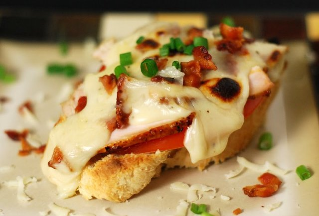 33) Kentucky Hot Brown