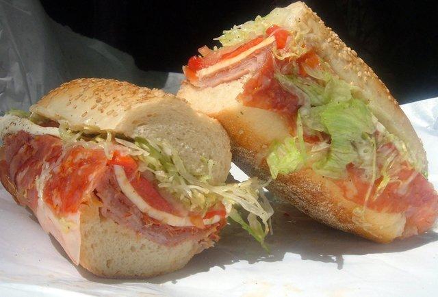 italian hero sandwich hoagie