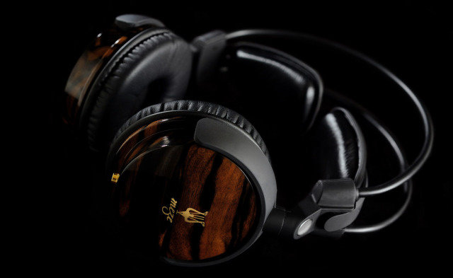 2012: The Top 5 Headphones