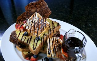 5 Perfect Chicago Mother's Day Brunches