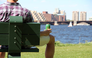 Boston's beer experts tell you the top beers to drink in the sun