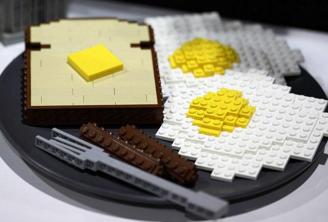 Lego toast and eggs for Creation cuisine