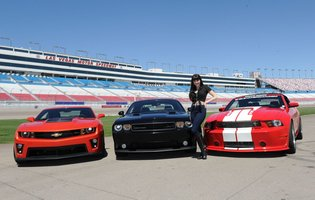 Drive a 662hp Mustang as fast as you possibly can on a racetrack