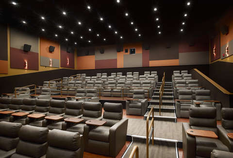 Showcase Superlux Movie Theater Complete With In Seat