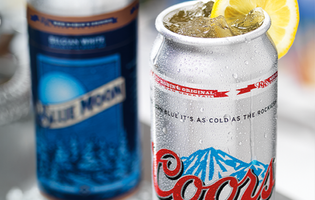 Fast booze: Red Robin introduces limited-edition Coors and Blue Moon beertails