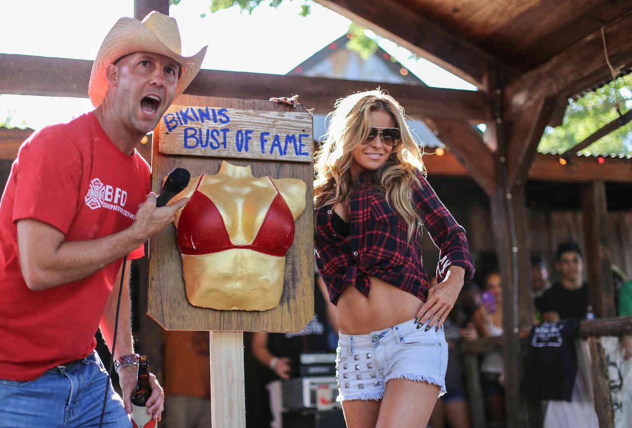 Carmen Electra at Bikinis, TX with Doug Guller