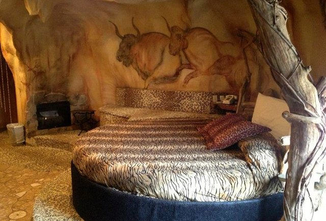 Themed Hotel Rooms Weirdest Themed Fantasy Suites In Nj