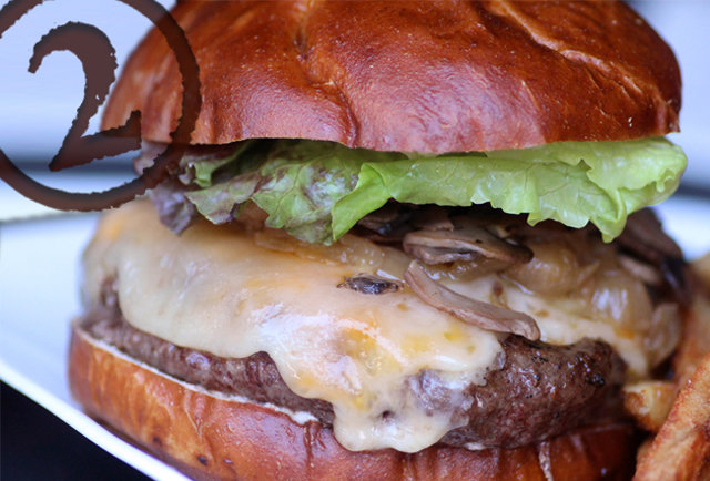 kuma's corner burger neurosis chicago
